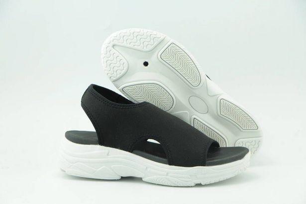 Leaf sandaalit Hagby black -tarjous hintaan 19,95€