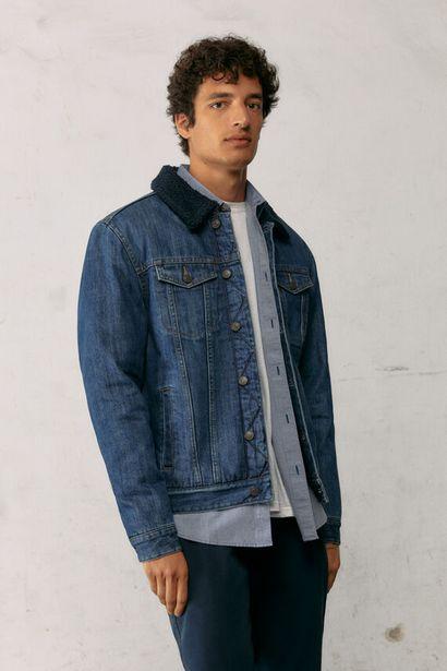 Dark wash denim jacket with faux shearling -tarjous hintaan 89,99€